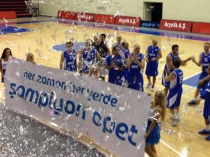 Opet Basketbol Takımı Şampiyonluk Kutlamaları